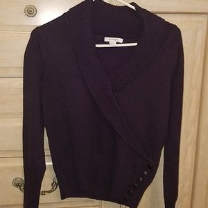 Woman's sweater, button sleeve details